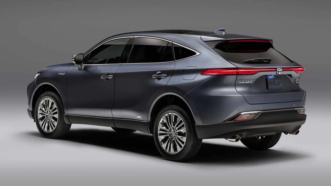 Toyota Venza Satışlarında Tahmin Edilmeyen Artış