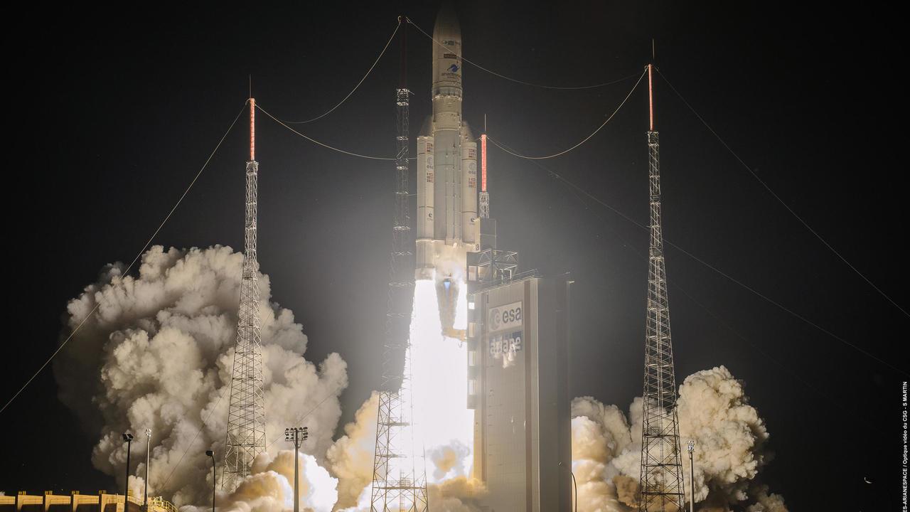 Araine 5 Roketi Yörüngeye 2 Uydu Götürdü