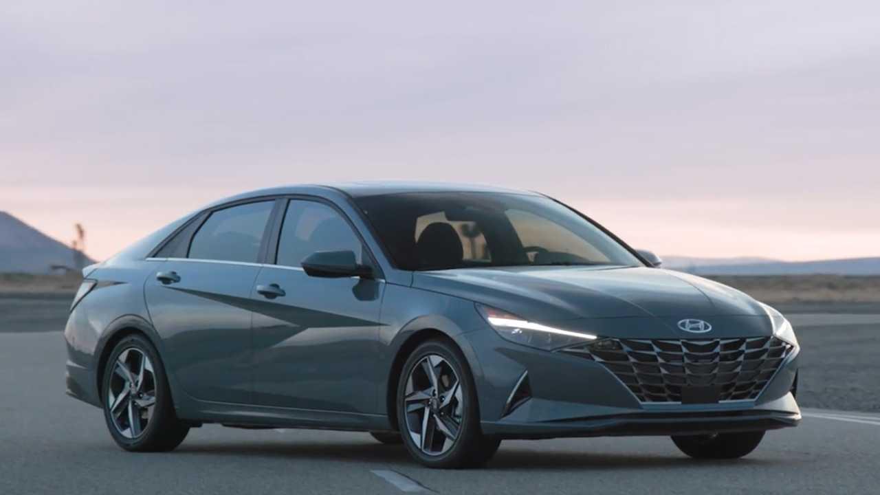 Hyundai Elantra Fiyatlarına Zam Geldi! İşte Detaylar